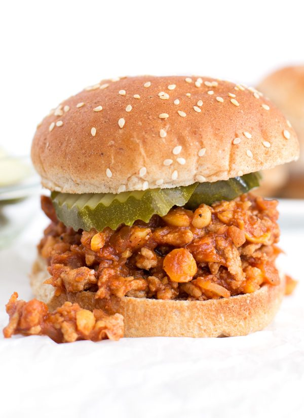 Turkey Joe's - A lightened up take on old-fashioned sloppy joe's. Turkey & chickpeas pack a protein punch in a tangy/sweet/spicy sauce. | www.heartandstove.com