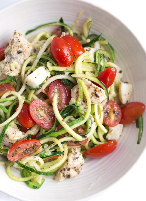"""Caprese Zoodle Bowls - Lightly sauteed zucchini """"noodles"""" tossed with marinated tomatoes, chicken, and mozzarella. My ALL-TIME favorite zucchini recipe! 