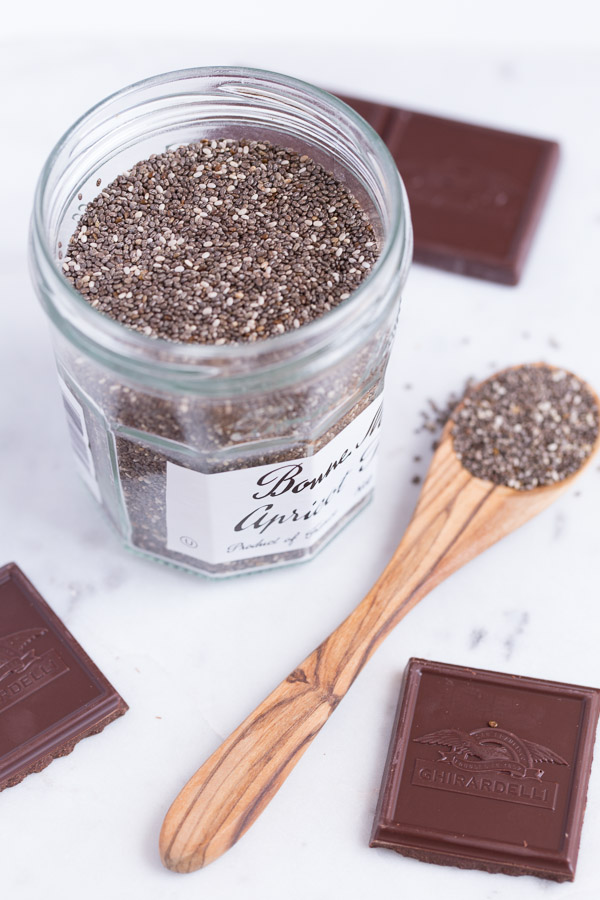 Chocolate Chia Pudding is rich, creamy, and extra chocolate-y thanks to a secret ingredient. A healthy & delicious treat perfect for dessert, snacking, or breakfast! | www.heartandstove.com